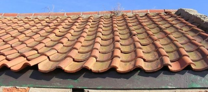 7 Killer Reasons You Need To Hire A Professional To Fit Your Roof