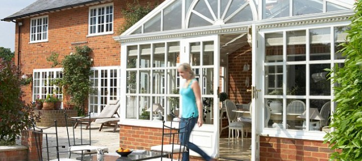 Keeping a Green Conservatory Ahead Of Summer Heat