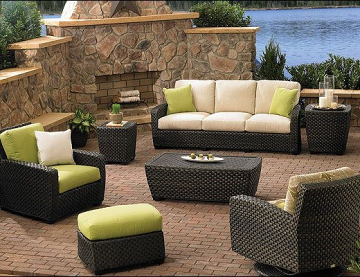 Refinishing Tips for Patio Furniture